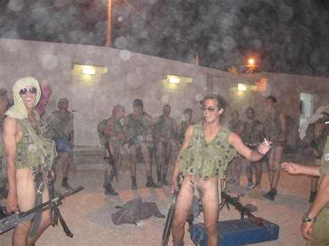 Naked soldier photo female jpg 1024x768