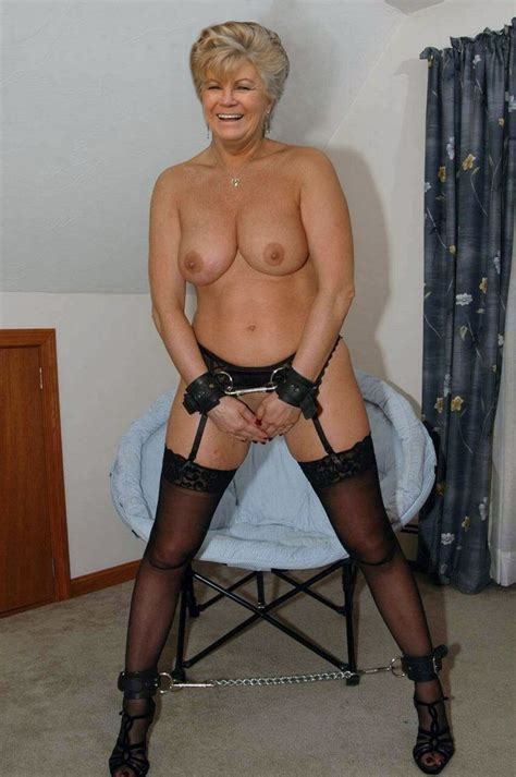 Free lonely housewife movies, free cougar videos, free jpg 664x1000