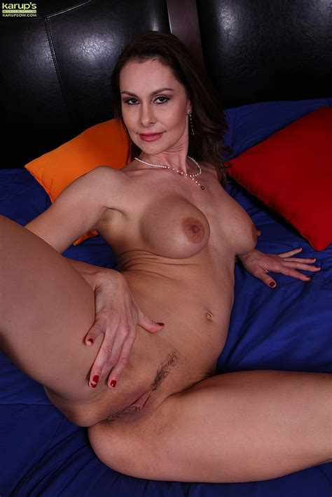 I want to be teased by a sexy mature woman vol 2 i know jpg 683x1024