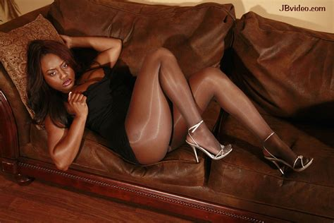 Jada fire the_jada_fire twitter jpg 1200x800